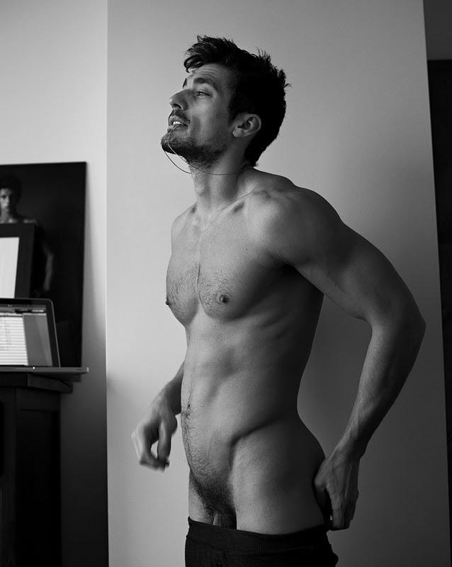 голые парни фото perdos